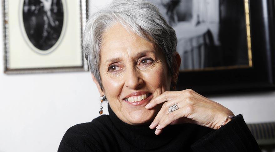 Joan Baez özür diledi