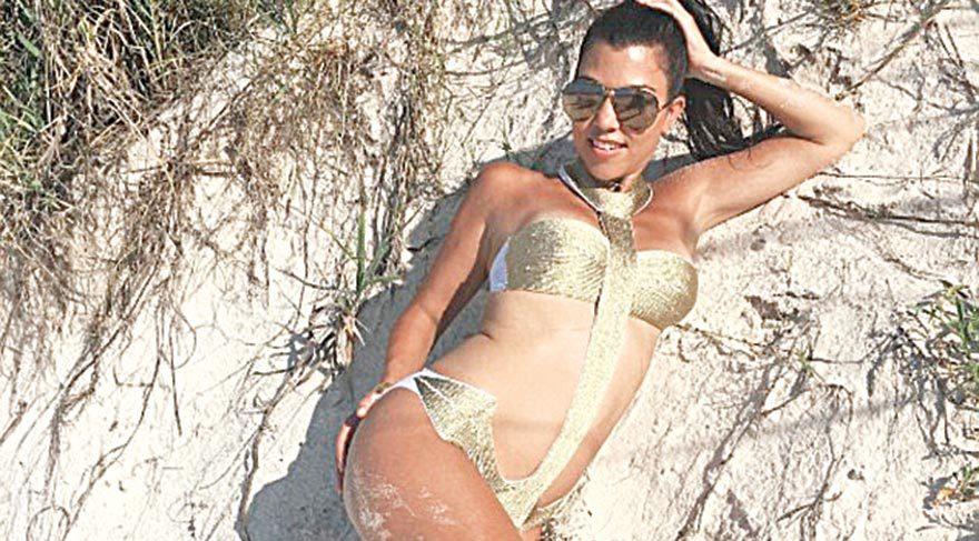 Kourtney Kardashian'dan kıskançlık pozu