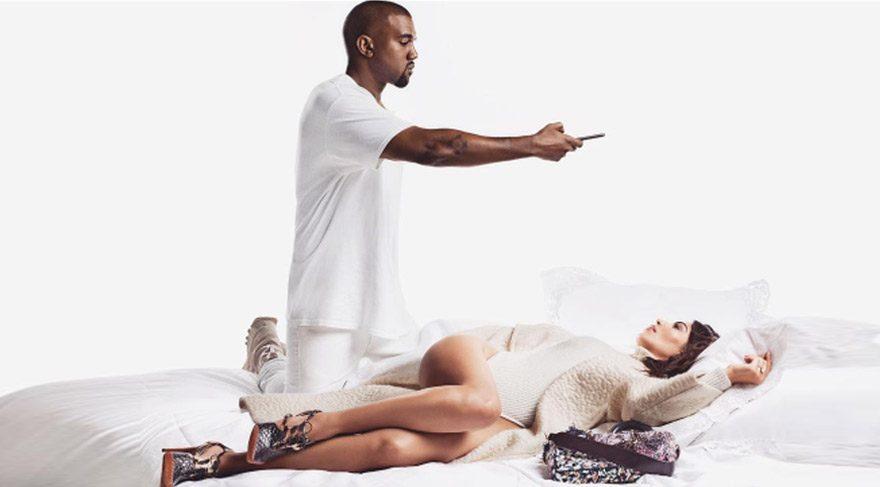 Kim Kardashian ve Kanye West'ten yatak pozları!