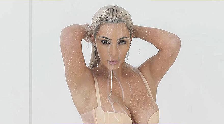 Kim Kardashian Fergie'nin klibinde oynadı