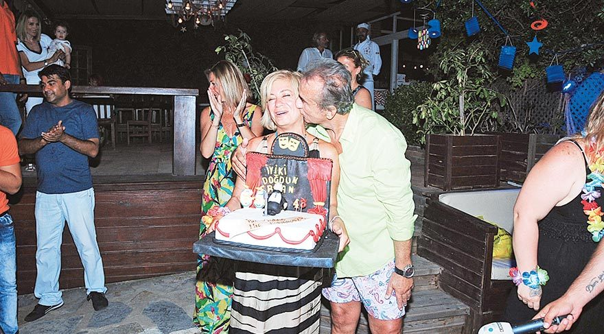 Erhan Yazıcıoğlu'ndan iki kutlama birden