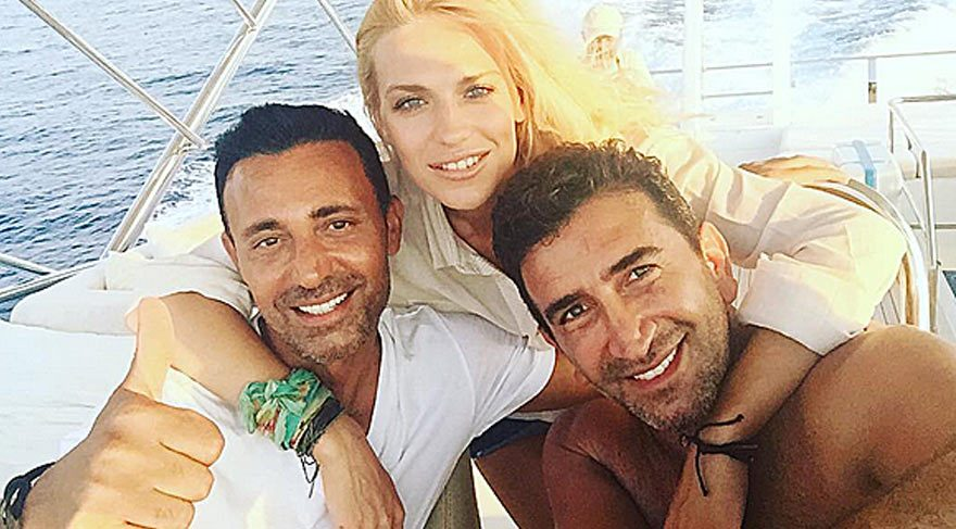 Mustafa Sandal eşi için yazdığı şarkıyı kliplendirdi