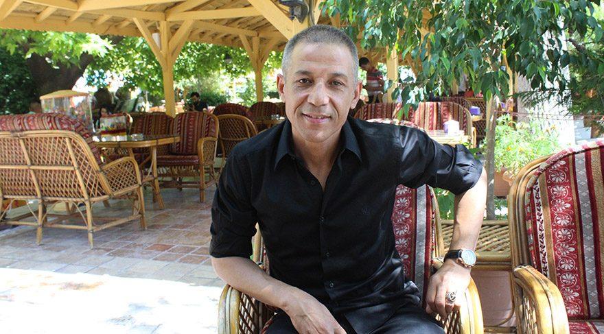 Mustafa Yıldızdoğan askere moral olsun diye…