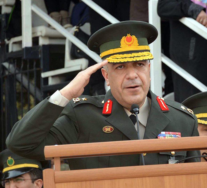 Manisa Garnizon Komutanı Tuğgeneral Yavuz Ekrem Arslan ve Merkez Komutanı Albay Murat Yıldız gözaltında