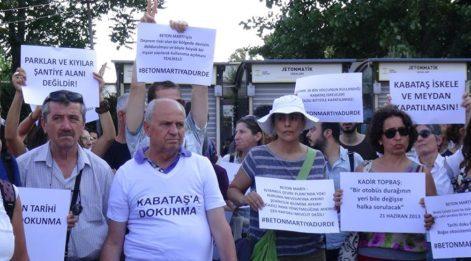 Kabataş Martı Projesi'nde basın açıklaması düellosu