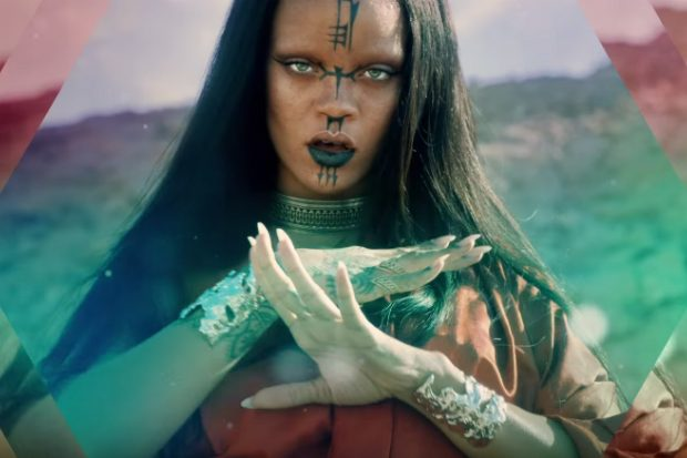 rihanna-sledgehammer-video