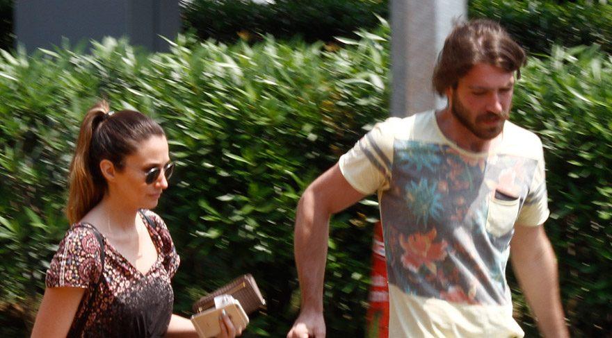 Rojda Demirel ve sevgilisi tatil dönüşü görüntülendi