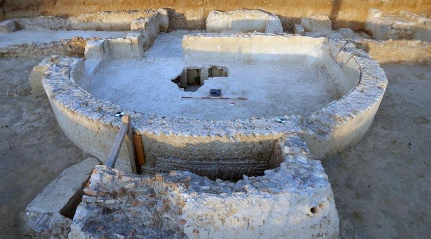 Kilise inşaatı sırasında tarihi kalıntılar bulundu