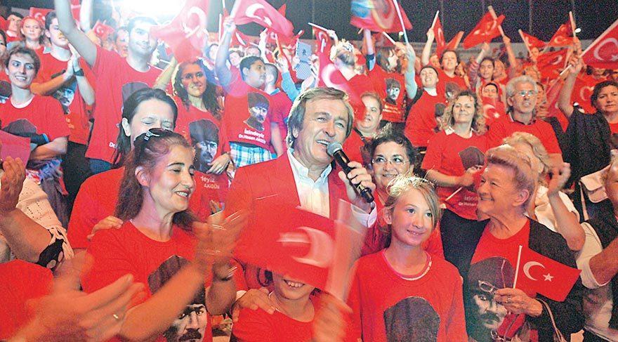 Erol Evgin'den Zafer Bayramı'na özel konser