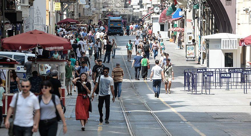 Beyoğlu Belediye Başkanı: İstiklal eski günlerine dönecek