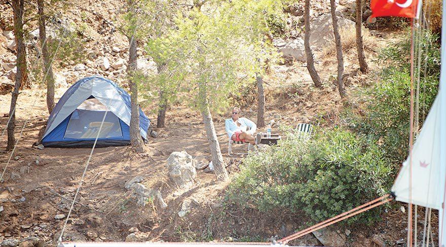 Bodrum'da çadır kurdu