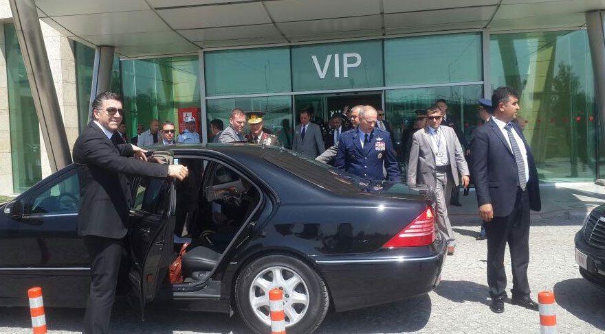 FOTO: İHA / ABD'nin Avrupa'daki Kuvvet Komutanı Orgeneral Curtis Scaparrotti, resmi temaslarda bulunmak üzere Ankara'ya geldi.
