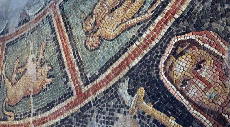 Burçları anlatan bin 800 yıllık Mitras mozaiği bulundu!