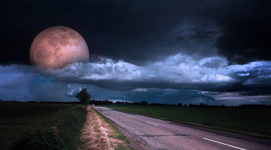 Ağustos ayında Ay'ın boşlukta olacağı zamanlar