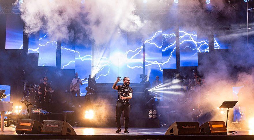 Berkay Açıkhava konseri için servet harcamış