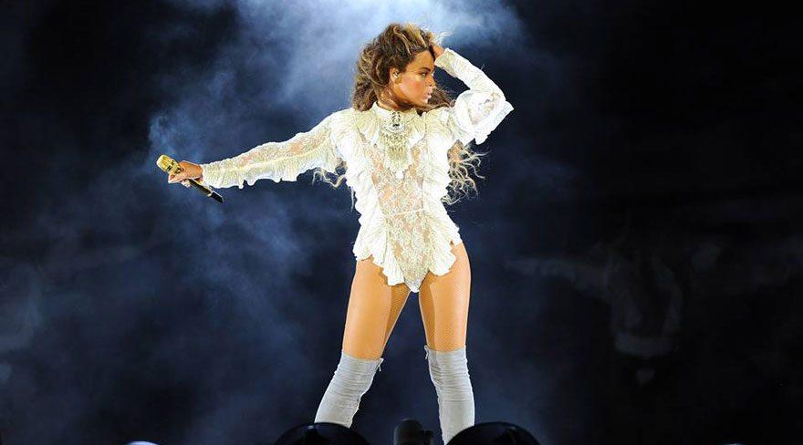 Raşit Bağzıbağlı Beyonce için elbise tasarladı
