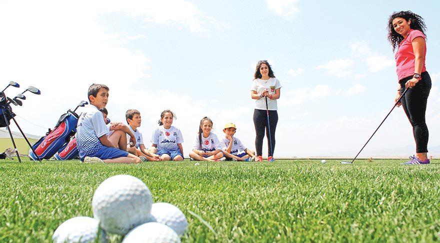 Yayladan golf antrenörlüğüne