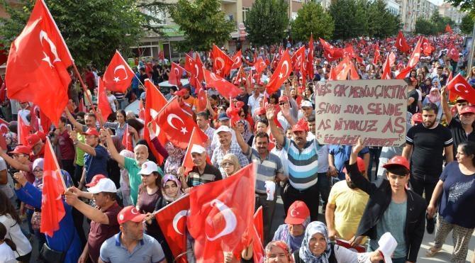 Kırşehir'de tarihi kalabalık