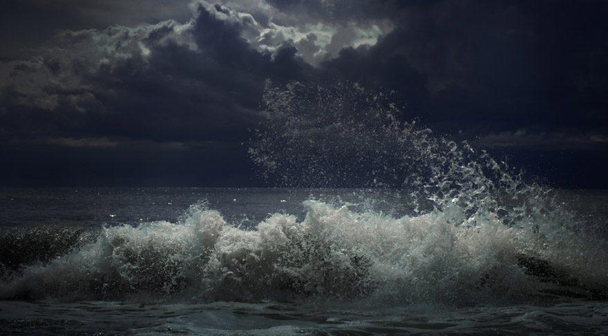 Deniz kazaları, denizlerin taşmaları, denizlerle ilgili problemler söz konusu olabilir. Deniz kaynaklı depremler söz konusu olabilir. Sudan gelebilecek tehlikeler olabileceğini gösteriyor.