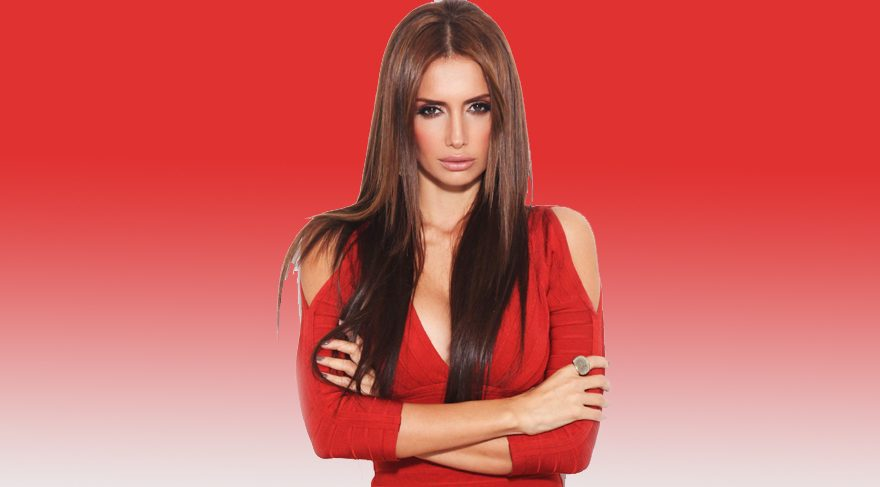 Çıplak ses Emina Sandal