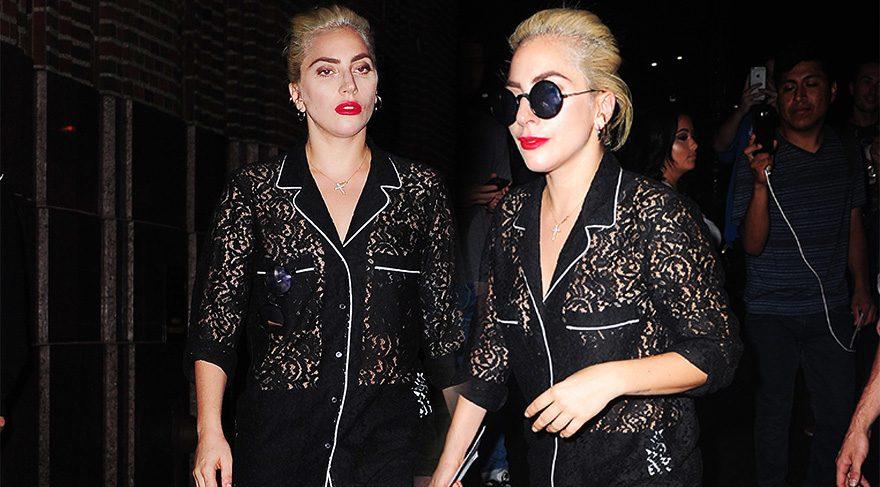 Lady Gaga sokakta pijamayla gezdi