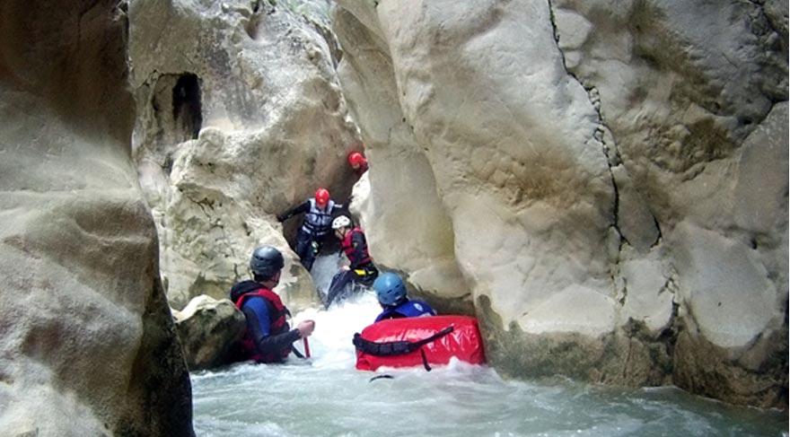 Dağcılar Harmankaya Kanyonu'nu keşfetti
