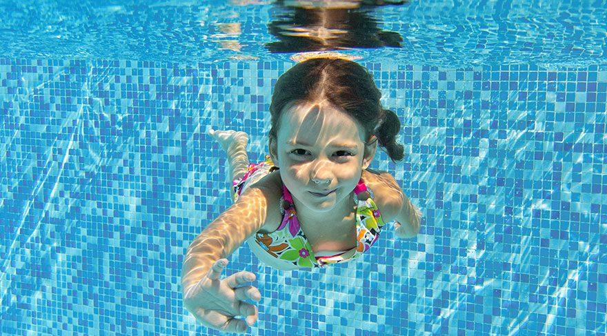 Yüzme havuzlarındaki bu bakteriye dikkat!