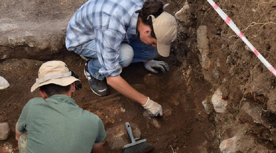 Hisar Arkeopark'ta Mitras Mozaiği bulundu