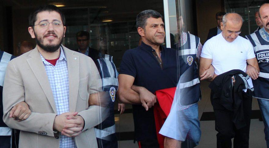 FOTO:DHA - İlyas, (solda) Bekir (ortada) ve Şükrü Boydak (sağda)tutuklandı.