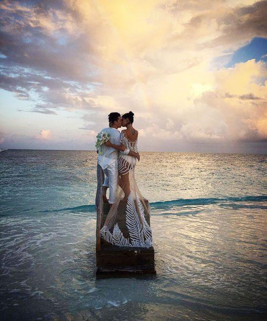 Isabeli-Fontana-wedding-dress-back
