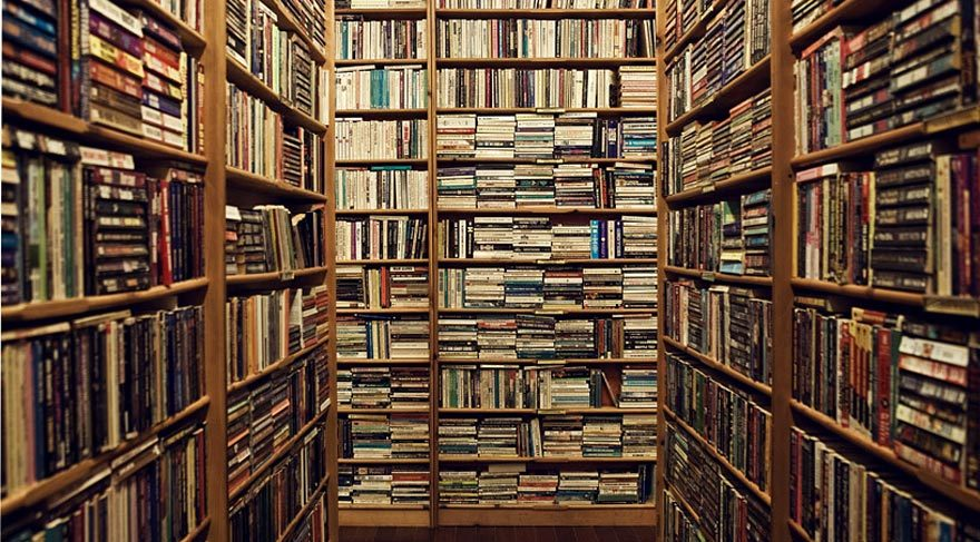 İstanbul'da 100 bin kişiye 1 kitapçı