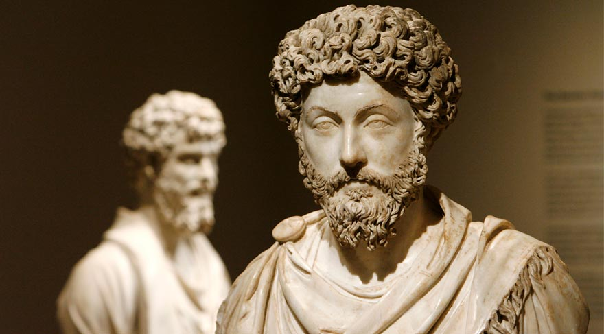 Marcus Aurelius'un tek parça heykeli bulundu
