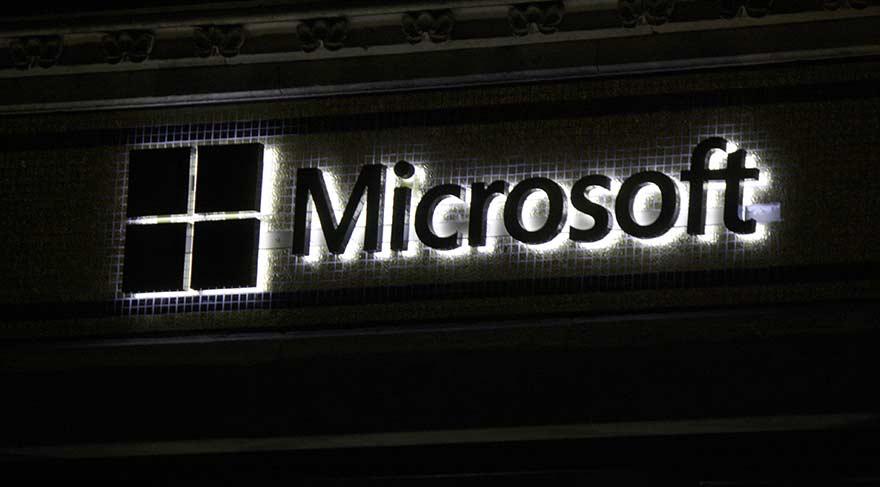 Microsoft canlı yayın platformunu satın aldı