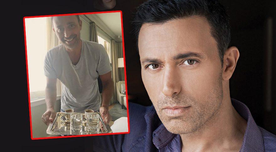Mustafa Sandal'dan bol köpüklü kahve servisi