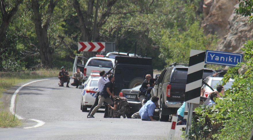 Artvin'de CHP konvoyuna saldırı