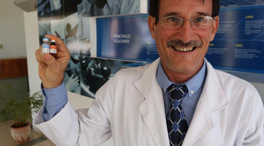 YILLAR SÜREN EMEĞİNİN KARŞILIĞINI ALDI Camilo Rodriguez uzun yıllar süren çalışmaları sonunda kanser aşısını buldu. Talebin yüzde 70'i Dr. Rodriguez'in laboratuvarında karşılanıyor.  Kanser aşısını bulan Doktorun maaşı 20 dolar kanser aşısı ise 1 dolar 1 96