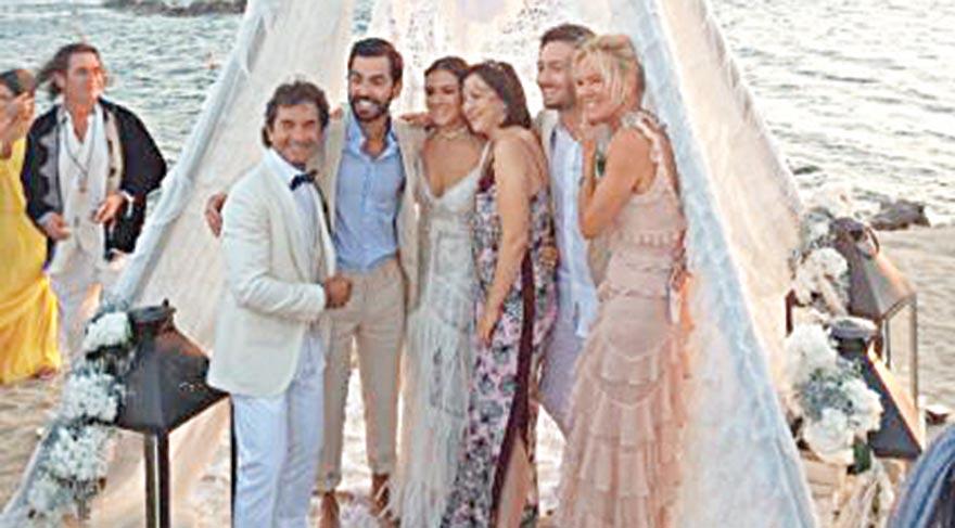 Kızılderili çadırında düğün töreni