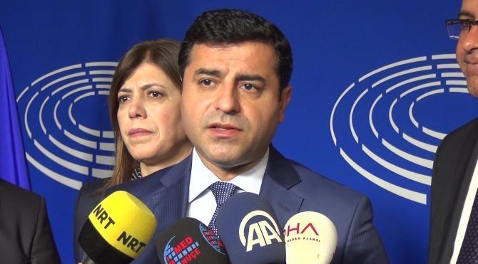 """Demirtaş: """"HDP'ye bir kapatılma davası açılabilir mi diye daha ileri bir tartışma yürütülüyor."""""""