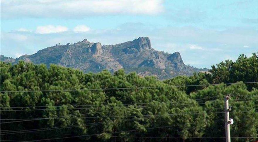 Atatürk Kayaları'nda yerleşim izleri bulundu