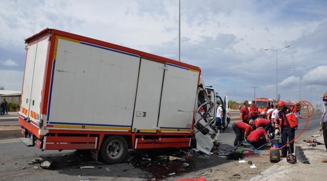 Diyarbakır'da kaza: 1ölü, 7 yaralı