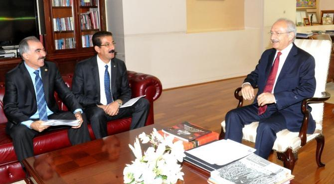 Kılıçdaroğlu, KESK Genel Başkanı Lami Özgen başkanlığındaki heyetle görüştü