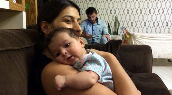 Gözaltındaki anne, 57 günlük bebeğini günde 3 kez emniyette emziriyor