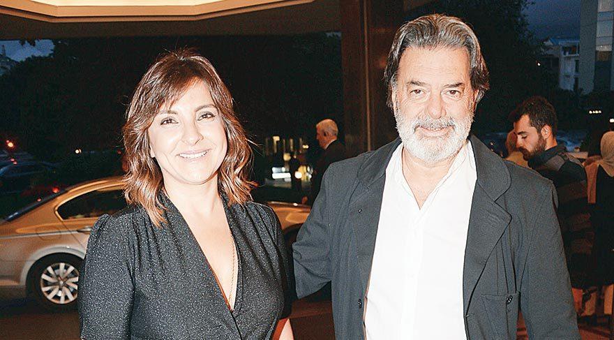 Ali Taran, geçen mart ayında evlendiği Beyza Karaoğlu ile el ele geldi.