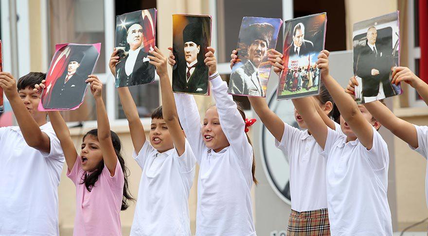 Karşıyakalılar Andımız'ı okuyacak