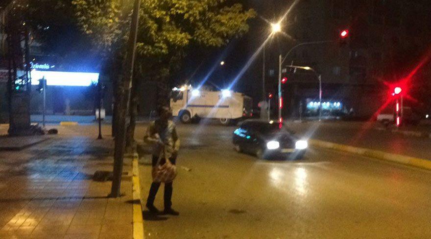 Van'da İpekyolu Emniyet Müdürlüğü'ne silahlı saldırı