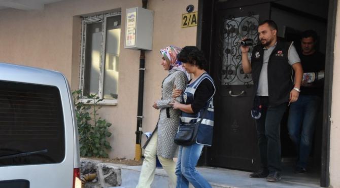 İzmir Adliyesi'nde gözaltına alınan 96 kişiden 9'u serbest