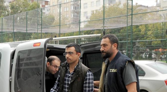 2 üsteğmen FETÖ'den tutuklandı