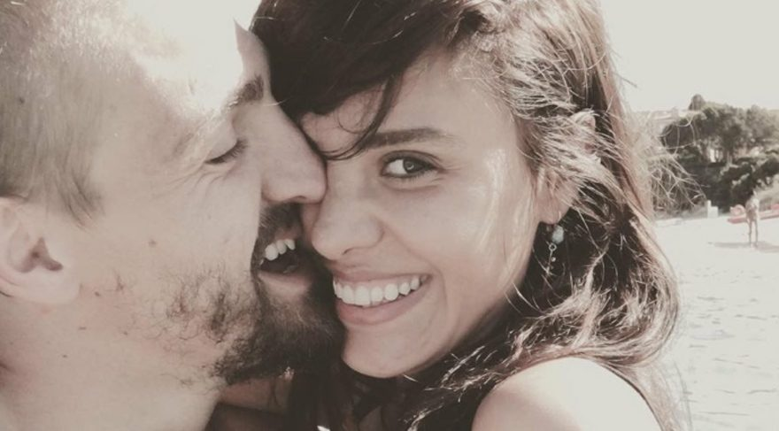 Caner Erkin ve Şükran Ovalı romantik anlarından kareler paylaştı
