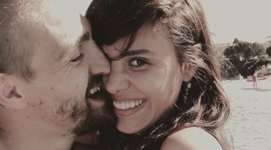 Caner Erkin ve Şükran Ovalı'dan aşk paylaşımı