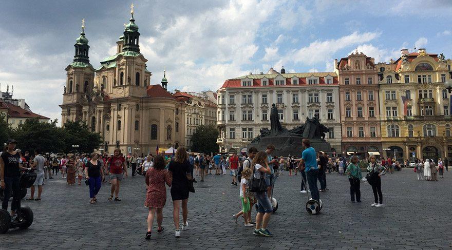 COK-GEZENTİ-PRAG